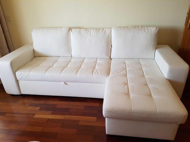 Sofá cama em branco de 3 lugares com chaise longue, semi-novo