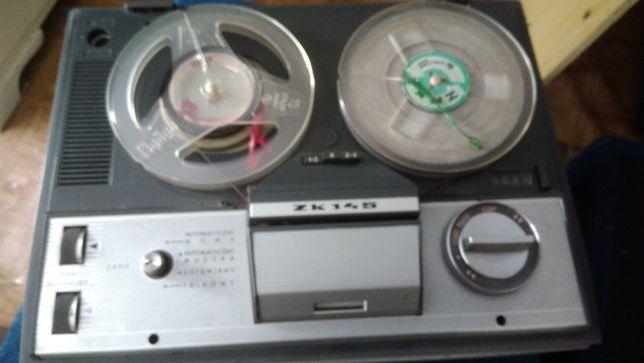 Magnetofon szpulowy ZK145