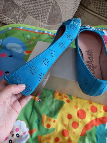 Туфлі  балетки яскраві  розпродаж останні