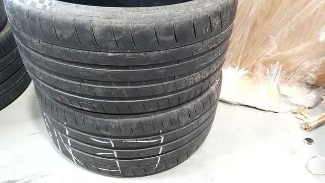 Michelin Pilot Super Sport 255/35/19