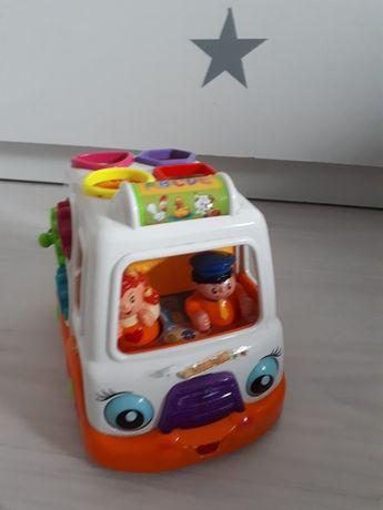 Pojazd grający dla malucha autko z ludzikami sesoryczna zabawka