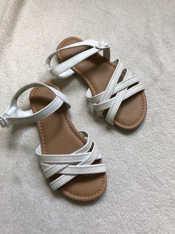Новые сандали босоножки от F&F