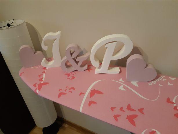 Litery inicjały na stół pary młodej, ślub, wesele, P&J, J&P + serca