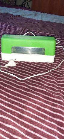 Лампа уф 9 w  зеленого колору