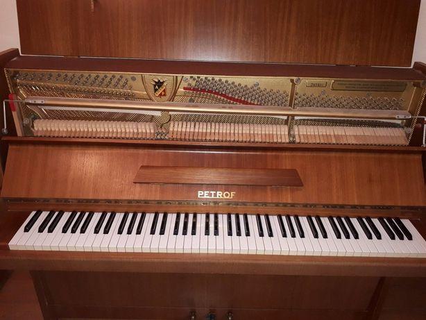 Pianino Petrof -zrób dziecku prezent , niech gra na dobrym instrumenci