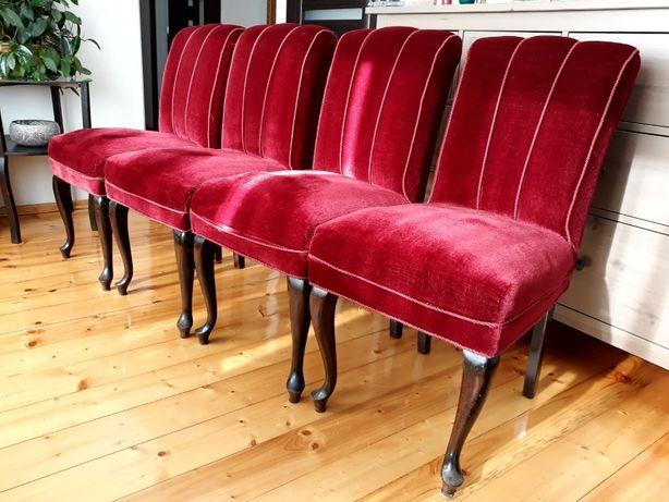 Stylowe drewniane krzesła duńskie tapicerowane welurem