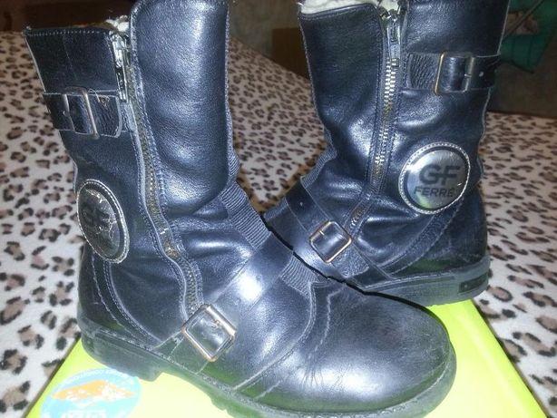 стильные зимние ботинки FERRE