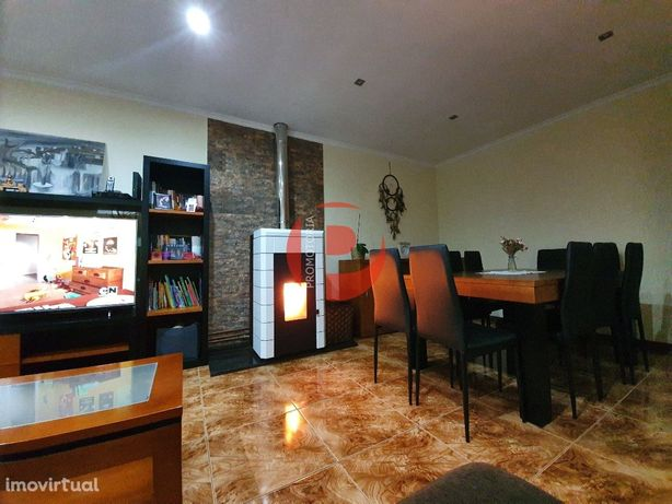 Apartamento T3 Venda em Candoso São Tiago e Mascotelos,Guimarães