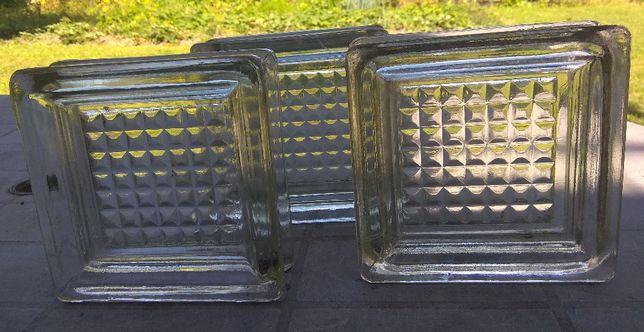 Luksfery pustaki szklane