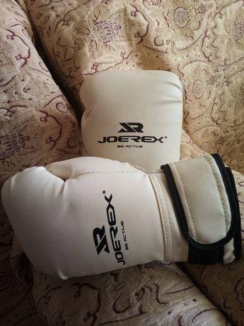 Боксёрские перчатки, размер 8.,в идеальном состоянии 350грн