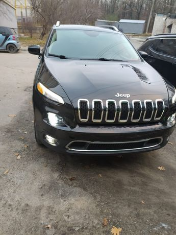 Jeep Cherokee Limited 3,2 2015г