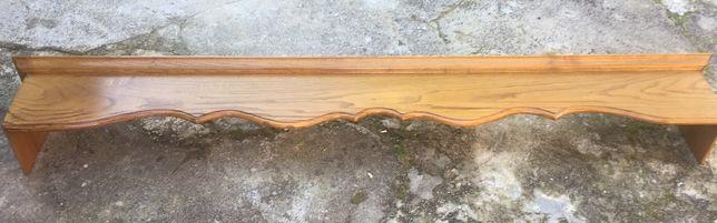 Sanefa em madeira
