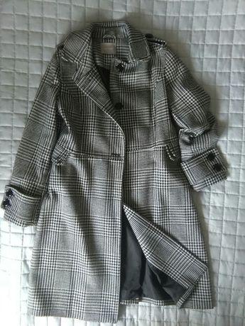 Płaszcz damski roz. 42