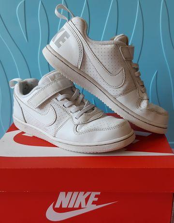 Buty sportowe NIKE rozm. 31.5 dla dziewczynki