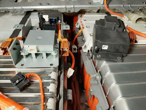 Подогрев (обогрев) батареи Nissan Leaf (блок, провода, элементы)