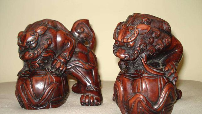 excepcionais par de esculturas leões Sagrados - antiguidade