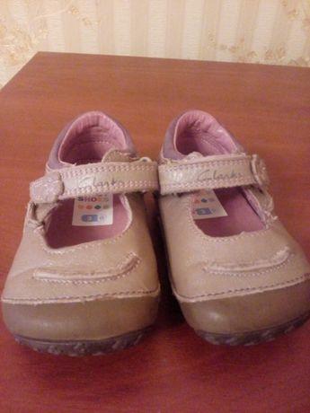 Туфельки-Мокасины Clarks в состоянии новых