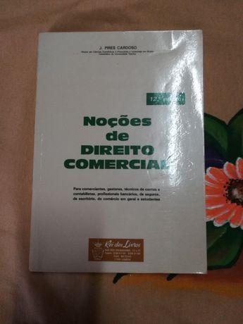 Vendo Livro de Direito Comercial
