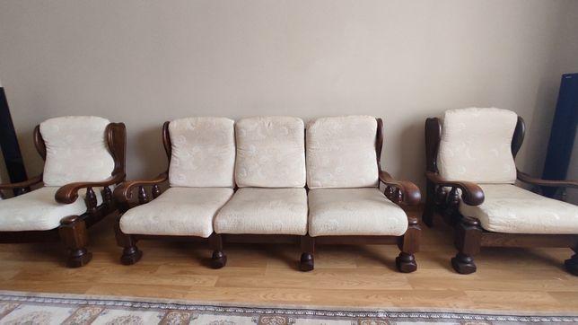 Продам дубовий уголок меблі диван 3+1+1 м'який з дуба