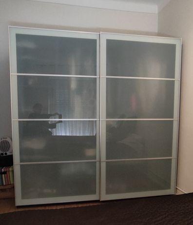 Roupeiro IKEA PAX 2mx2mx65cm