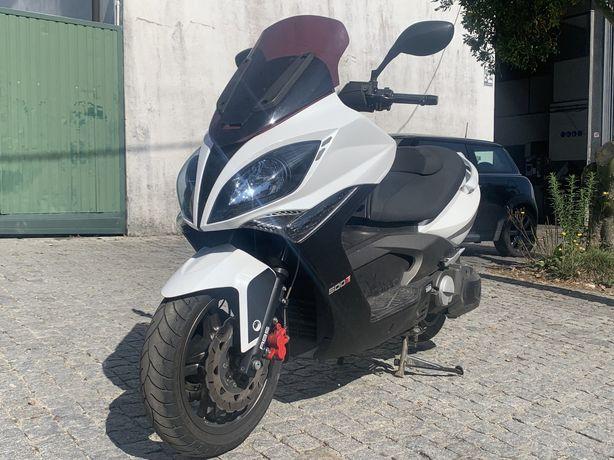 Scooter Kymco 500RI  (11.000km)