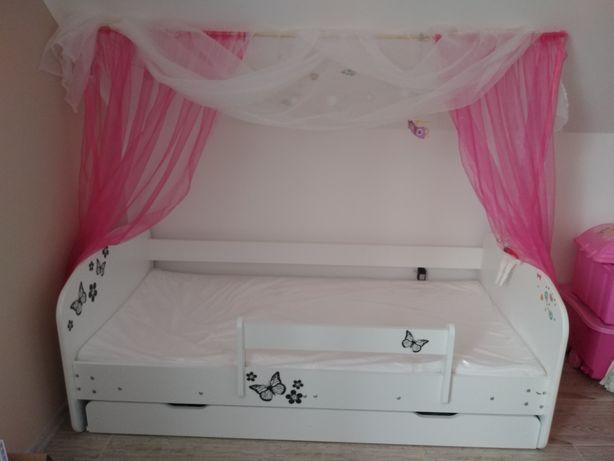 Łóżko z baldachimem dziecięce + materac + szuflada + barierka ochronna