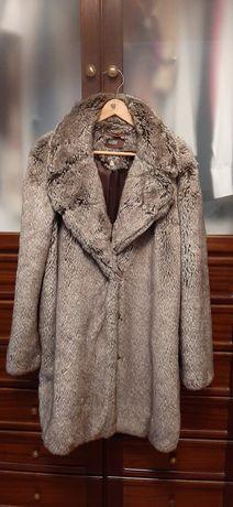 Casaco inverno pêlo sintético