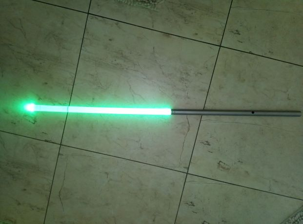 latarka miecz świetlny