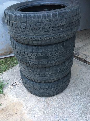 Зимняя резина Bridgestone Blizzak VRX 225/55 R17