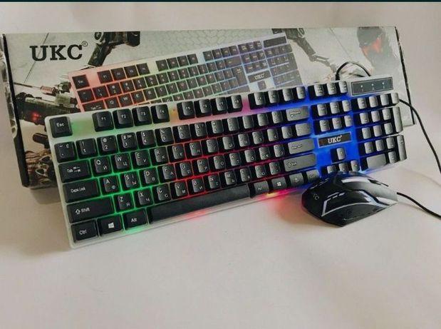 Очень Срочно игровая клавиатура с подсветкой.