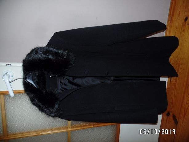 Płaszcz damski Orsay