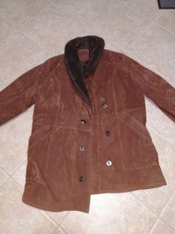 Vendo casaco em pele usado