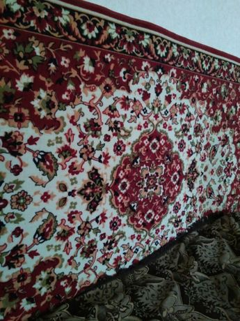 Продам ковёр в отличном состоянии.