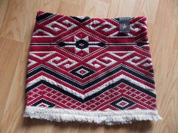Nowa spódniczka wzór aztecki – rozmiar 42