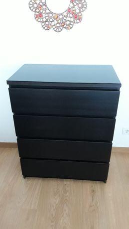 Comoda Malm (Ikea) 4 gavetas cor preto/castanho + vidro