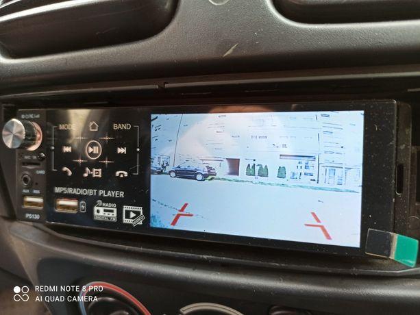 Radio samochodowe z kamerą cofania