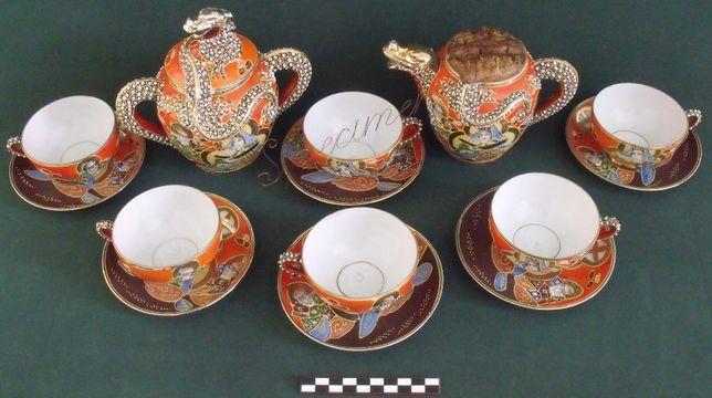 Serviço chá SATSUMA relevado policromo dourado c gueixa +- anos 50.
