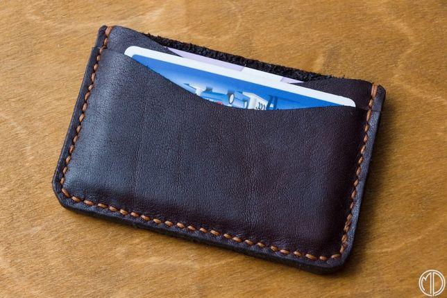 Ręcznie szyty ze skóry cardholder, portfel minimalistyczny - upcykling