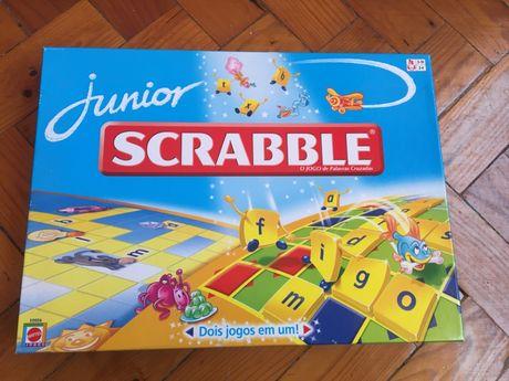 Jogo de Tabuleiro Scrabble Júnior