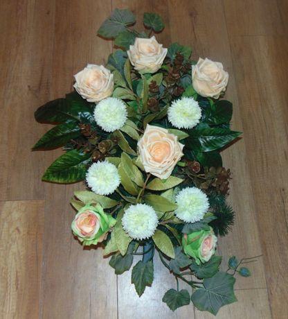 ekskluzywne wieńce na zamówienie ze sztucznych kwiatów