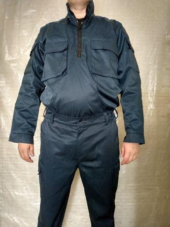 Чоловічий синий костюм