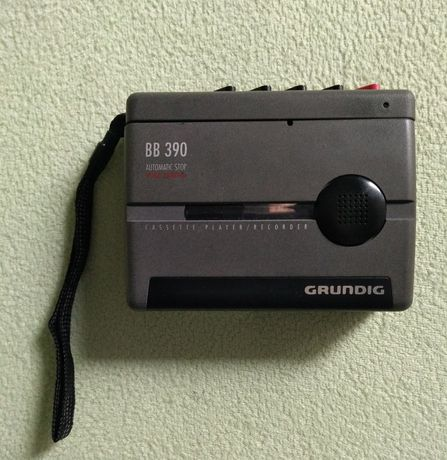 Dyktafon kasetowy, Grundig BB 390.