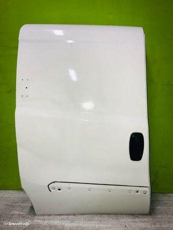 PEÇAS AUTO - Fiat Doblo Maxi - Porta Lateral - PTL520