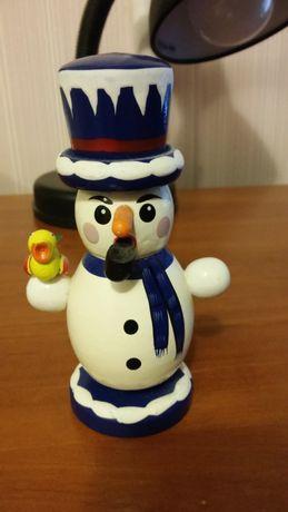 продам сувениры Снеговик с птичкой. Ньюрнберг