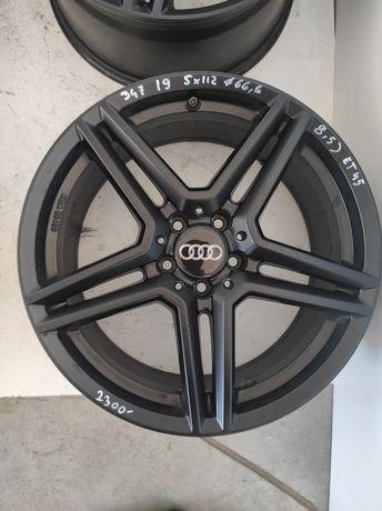 347 Felgi aluminiowe Audi R 19 5x112 otwór 66,6 bardzo ładne czarne