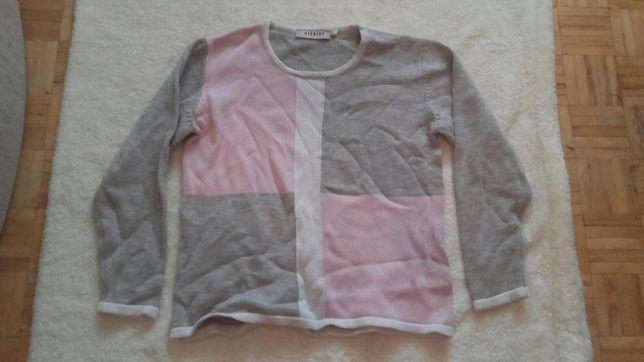 Bluzy i sweterki