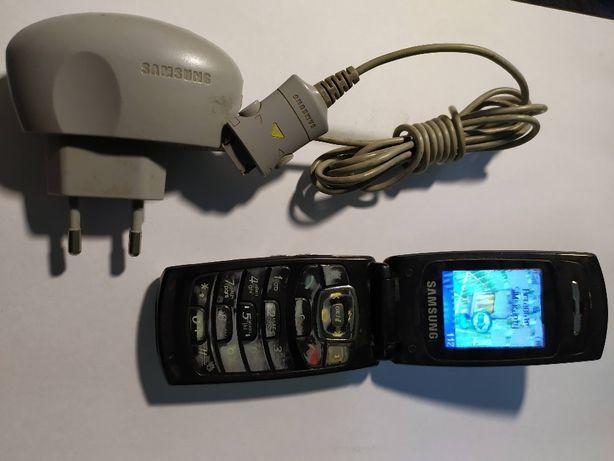 Продам телефон Samsung SGH-X200
