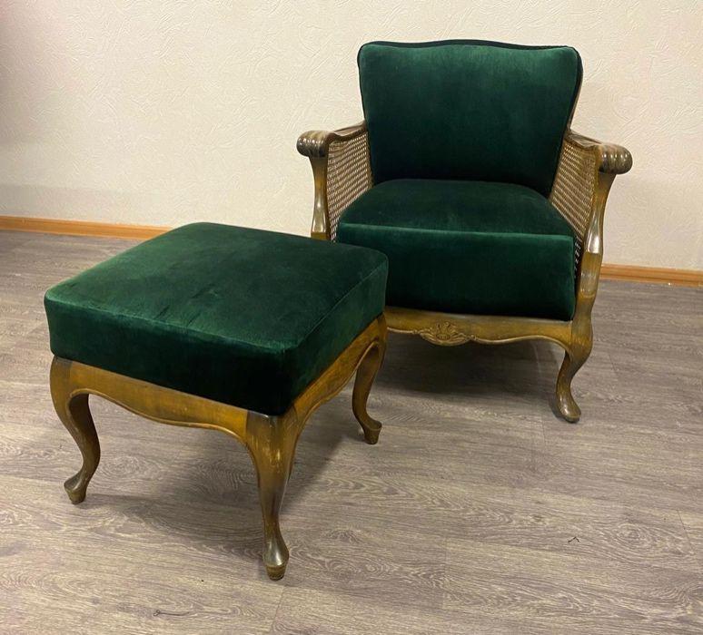 Винтажное кресло + пуф. Отреставрированный винтажный набор Киев - изображение 1