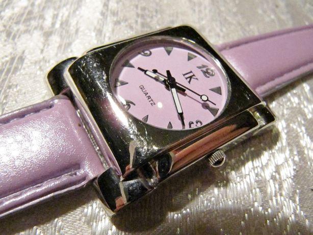 Часы IK в коллекцию, 2008 года выпуска, женские, на ремешке, новые