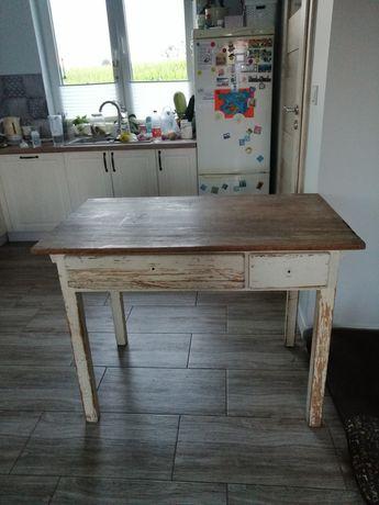 Stół do renowacji